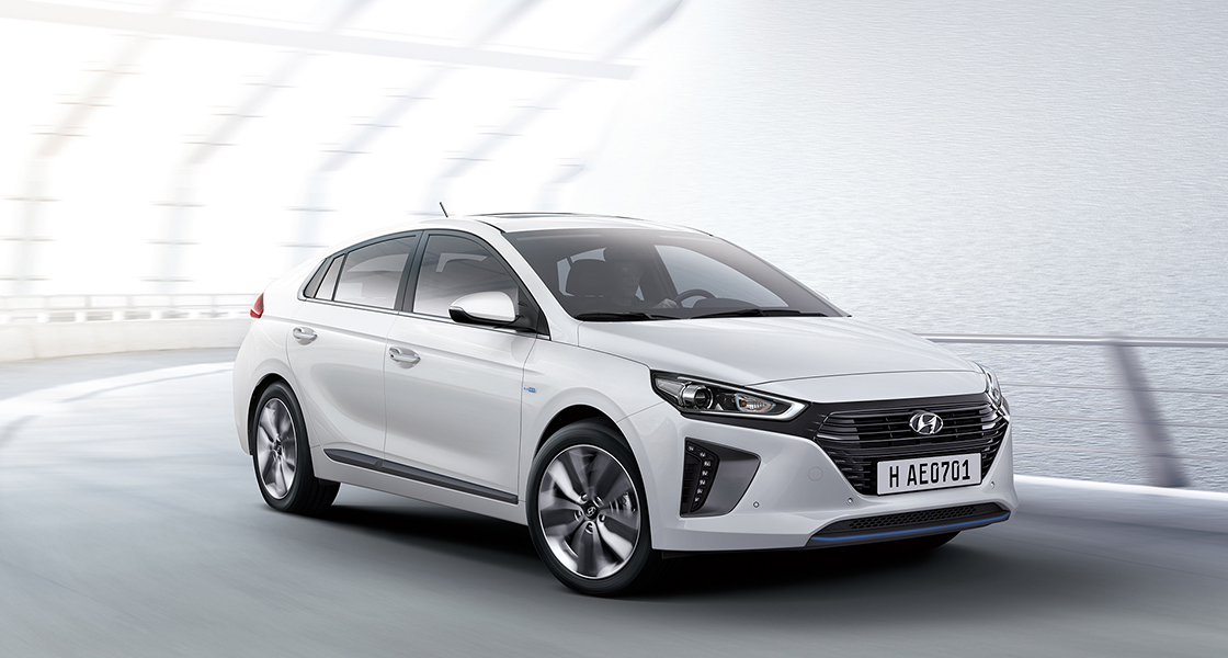 Side front view of white Ioniq hybrid